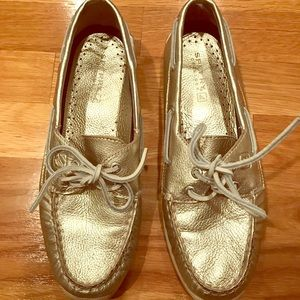 Women's sperry boat shoes. Platinum size 7.5